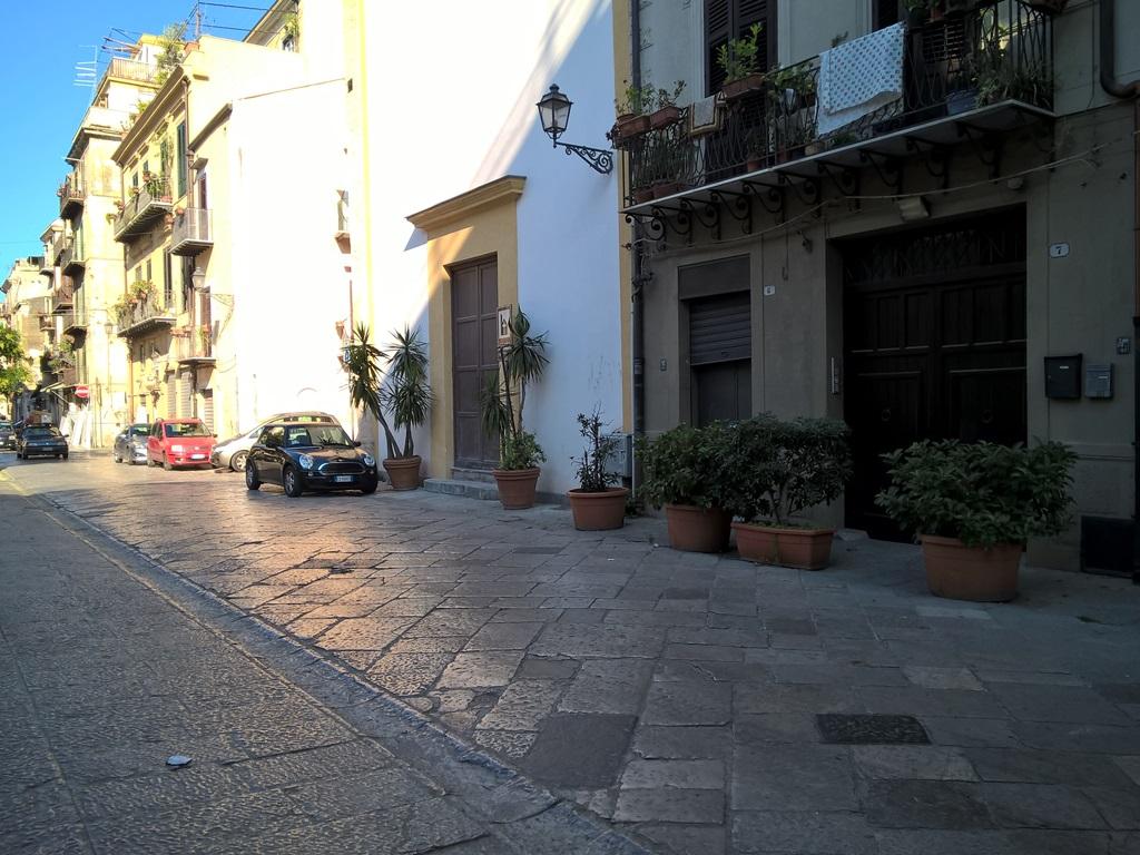 Appartamenti Piazza Monte di Pietà Palermo Centro Storico